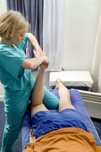 Assessing knee pain in the primary-care clinic - Clinical
