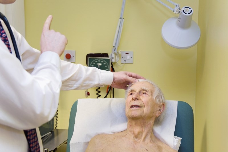 """The """"follow my finger"""" test is part of a brief eye movement exam to help diagnose stroke"""