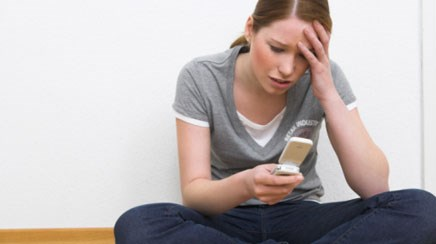 """Discussing """"sexting"""" with teens during routine exams"""
