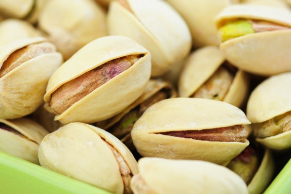 Those who ate in-shell pistachios consumed 41% fewer calories.