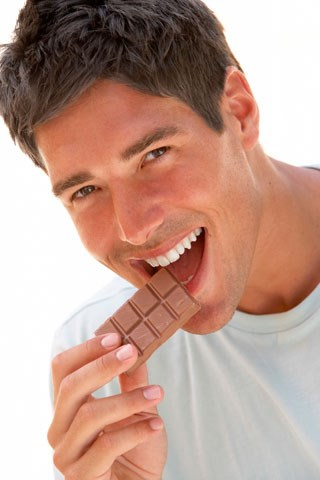 Eating chocolate may lower stroke risk for men