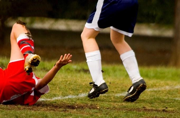 Poor sleep increases injury risk in teen athletes