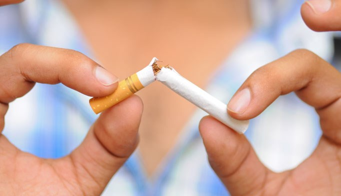 Smoking is associated with decreased life expectancy, pneumonia and sepsis in patients with spinal cord injuries.