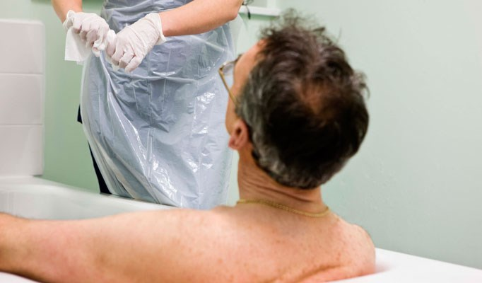 Antimicrobial washcloths reduce ICU infections