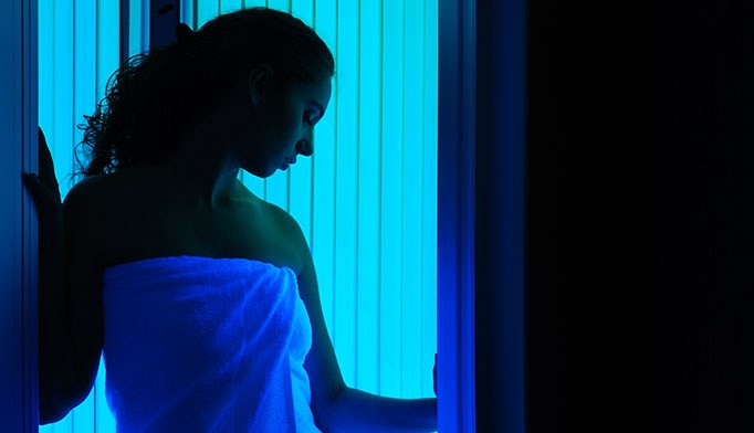 FDA proposes cancer warning for tanning beds