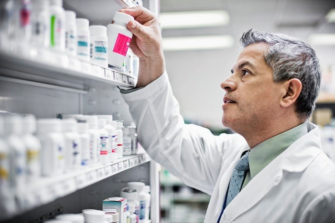 Law regulating compounding pharmacies falls short