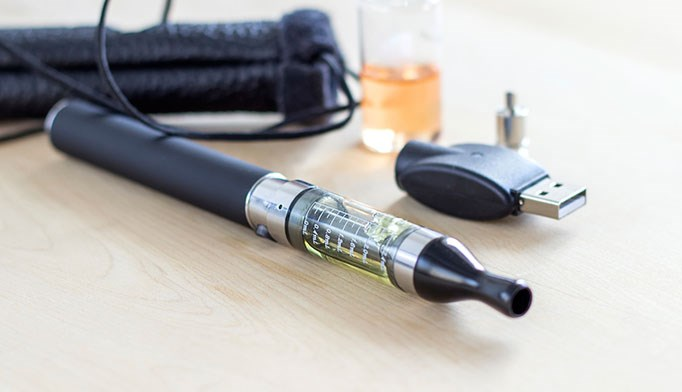 FDA faces important decisions on regulation of e-cigarettes