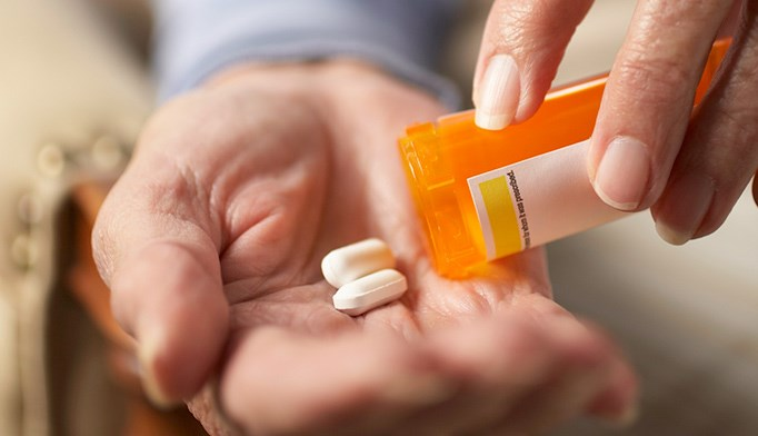 Alzheimer's Drugs See Steep Drop in Adherence