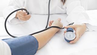 White coat effect' smaller for nurses than doctors - The Clinical ...