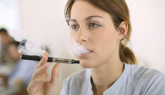 E-Cigarettes Don't Help Cancer Patients Quit Smoking