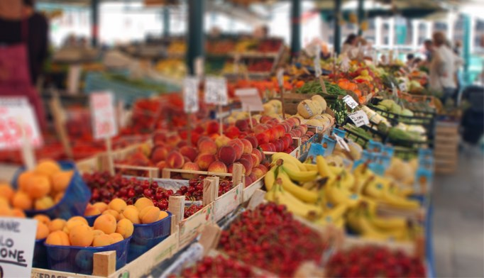 Can farmers' markets increase healthy food purchases in poor patients?