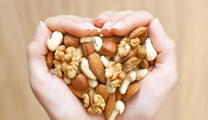 Nuts may lower heart, diabetes risks