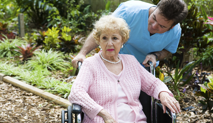 Nondrug approach advised for dementia care