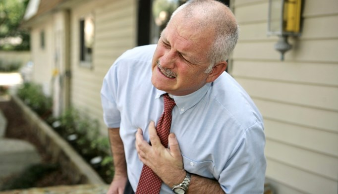 PPIs linked to heart attack