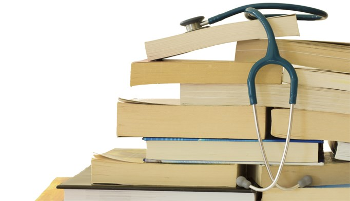 A combination of books and web resources can help Nurse Practitioners prepare for the AANP exam.
