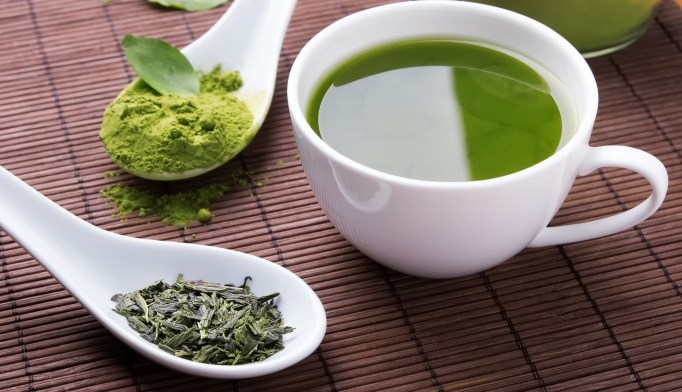 A compound in green tea may reduce RA symptoms.