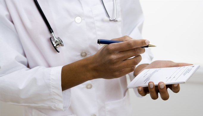 Florida bill poised to grant NPs, PAs controlled substance prescribing authority