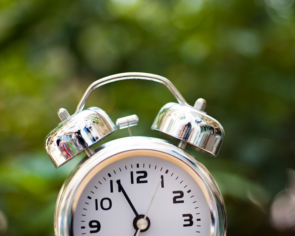 End of daylight saving time may increase depression risk