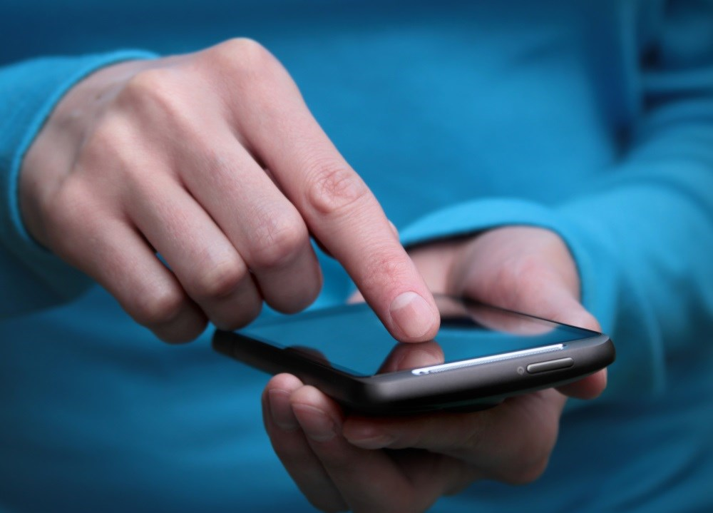 Smartphone questionnaire effective for monitoring mood instability