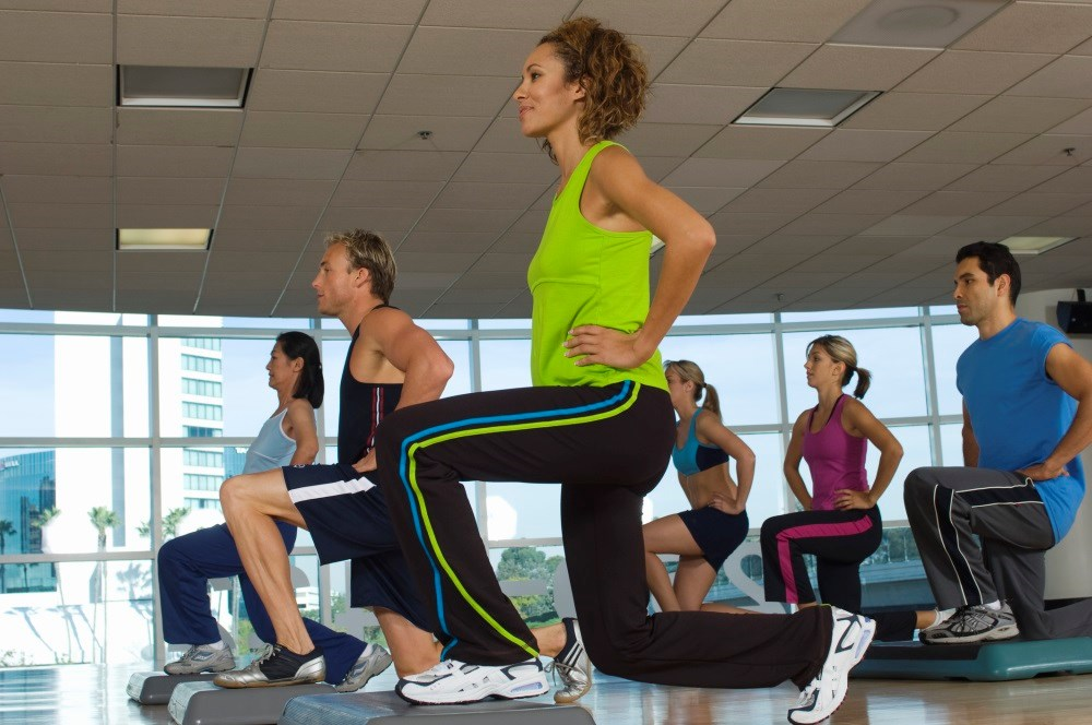 A program based on cognitive behavioral therapy and physical exercise improved pain self-management.