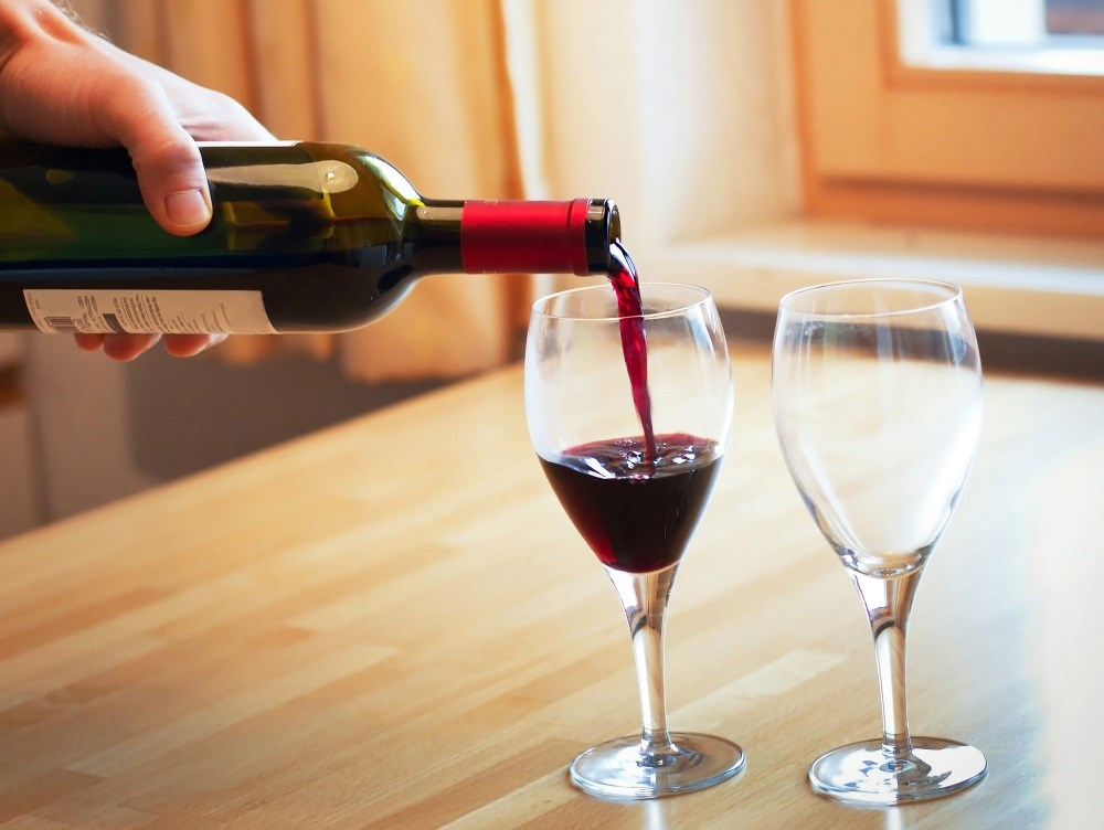 Drinking small amounts of alcohol increases the risk of atrial fibrillation.