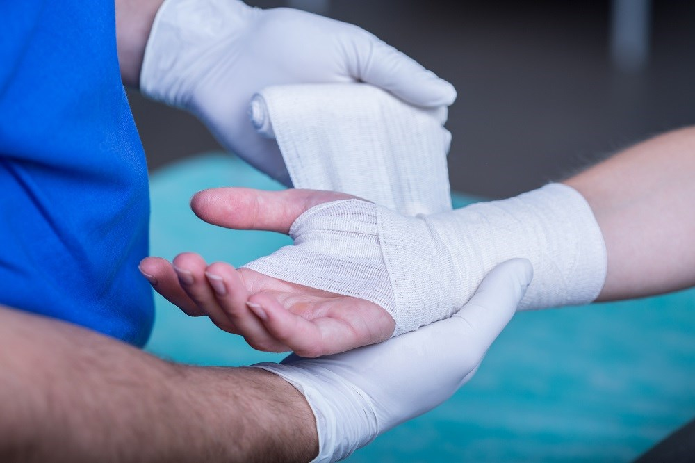 Tip for treating minor lacerations