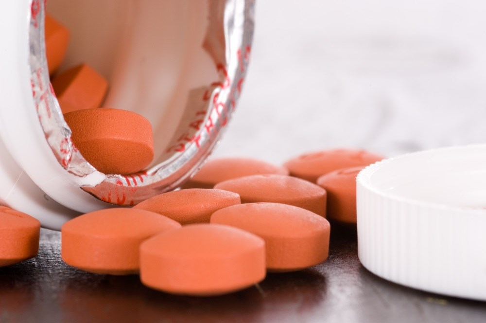 NSAID use during ARI was associated with a 3.4-fold increased risk of AMI compared with 2.7-fold increased risk without NSAID use.