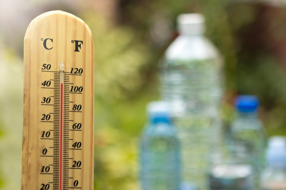 Diabetes and glucose intolerance increase with higher outdoor temperature