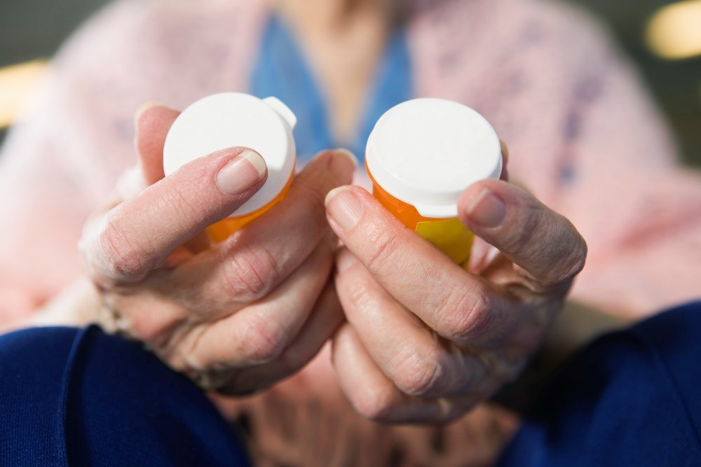Benzodiazepines may increase risk of pneumonia in Alzheimer disease
