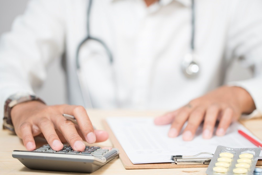 Accountable Care Organizations: Do they save money?