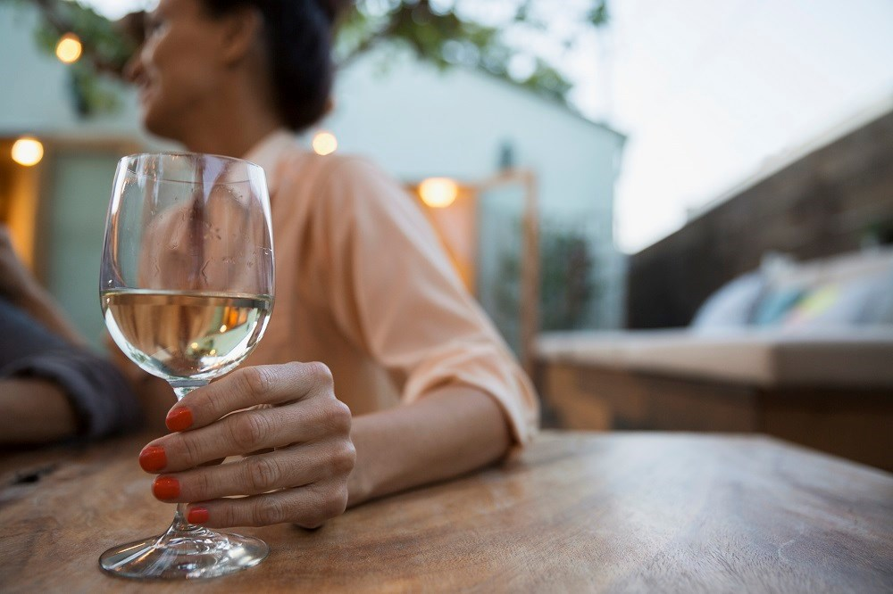 Regular alcohol consumption associated with lower risk of diabetes