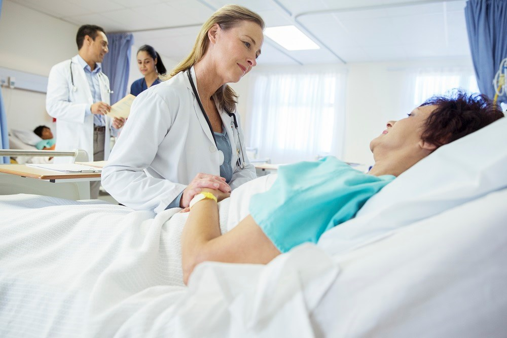 Patients treated by PCP in hospital have longer stay, lower mortality