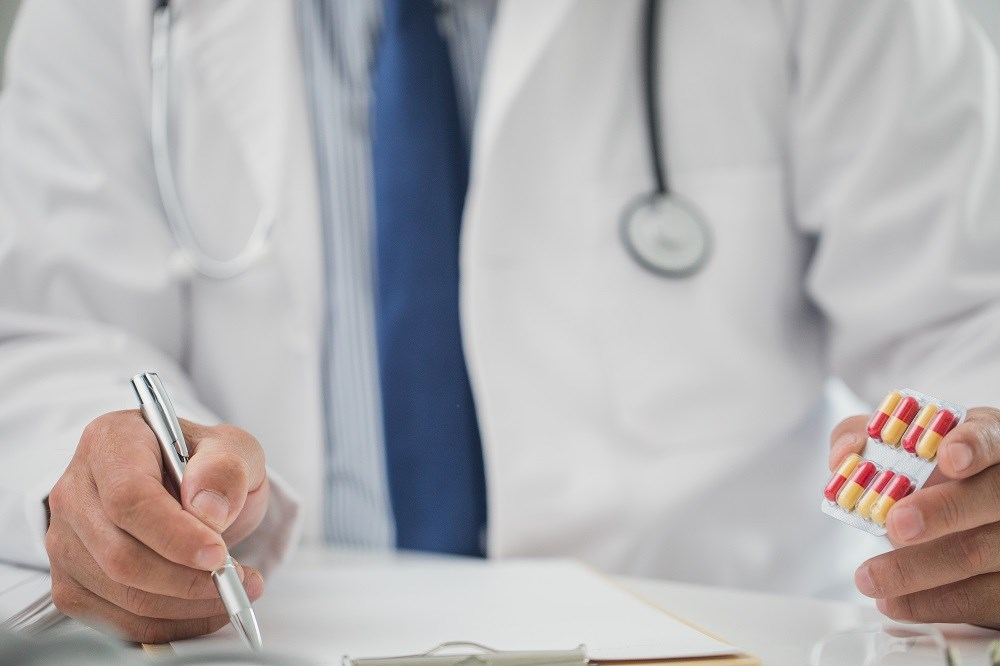 Dual therapy of dabigatran and a P2Y12 inhibitor reduces bleeding risk after PCI.
