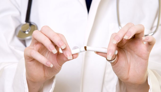 Multicomponent interventions help patients quit smoking