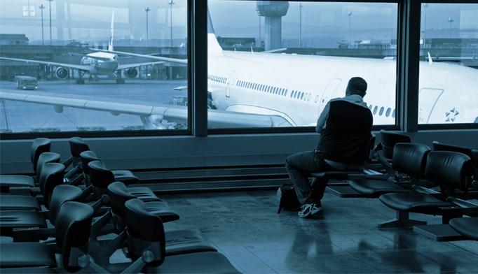 Top U.S. airports start Ebola screening