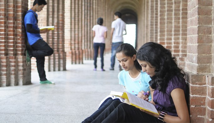 Many colleges lack resources to care for students with chronic health conditions