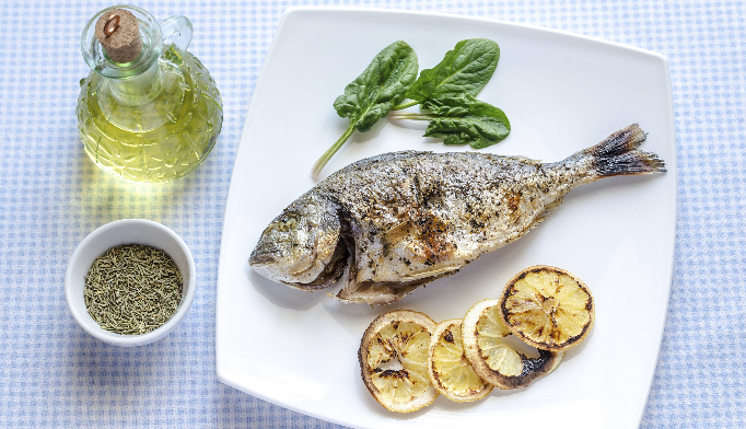 Those who adhered to the Mediterranean diet had longer telomere length, an indicator of slow aging