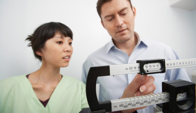 Weight loss strategies yield similar results in men, women
