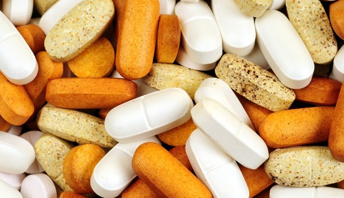 The researchers found that B vitamin supplementation had no significant effect on non-spine fracture risk.