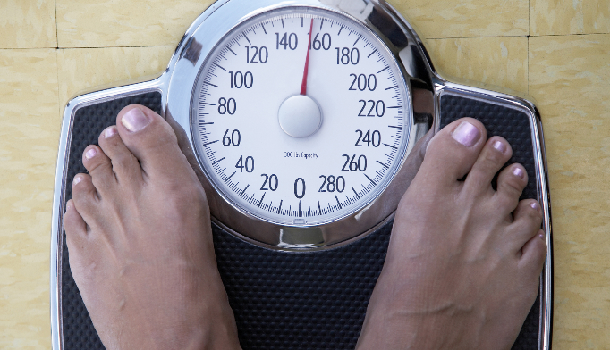 Liraglutide plus lifestyle counseling resulted in significant weight loss.