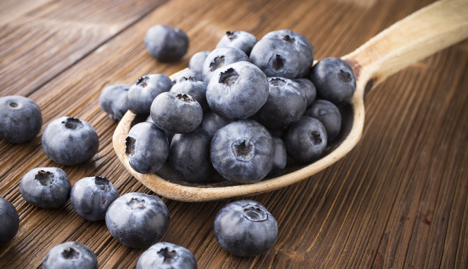 Eating blueberries may reduce blood pressure in postmenopausal women