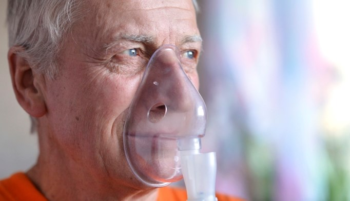 Oxygen therapy in a patient with emphysema
