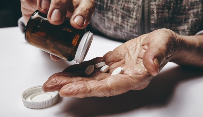 Alternative medicine use common among geriatric oncology patients