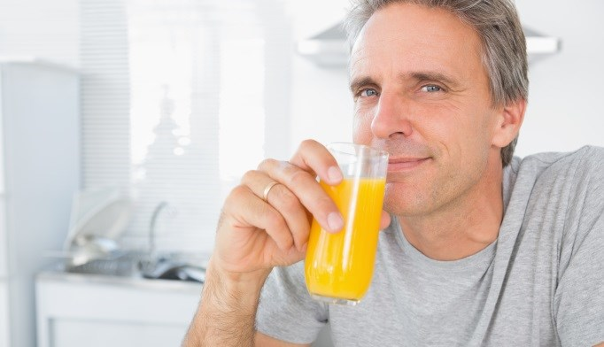 Men who regularly consumed sweetened drinks had an increased risk for heart failure.