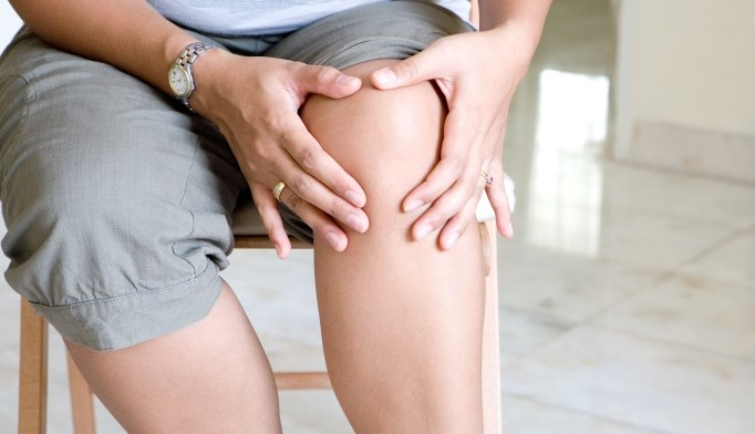 Central Risk Factors May Contribute to Neuropathic-Like Knee Pain