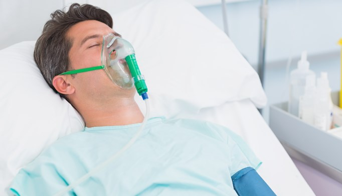 Hospital mortality rates do not improve in institutions that frequently use ICU care for patients.