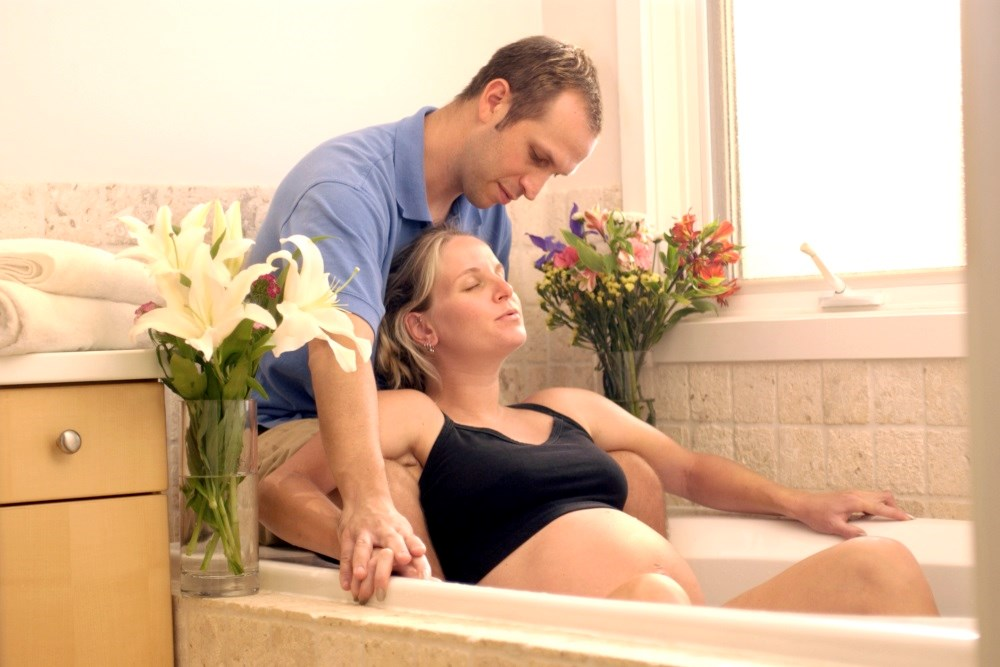 Water immersion during delivery may lead to health problems