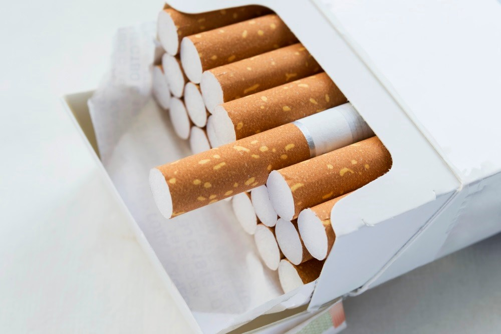 Data analysis suggests that cigarette filters have increased rates of lung adenocarcinoma.