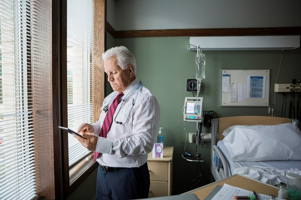 Researchers found that patients treated by older physicians had higher 30-day mortality than those cared for by younger physicians, despite similar patient characteristics.