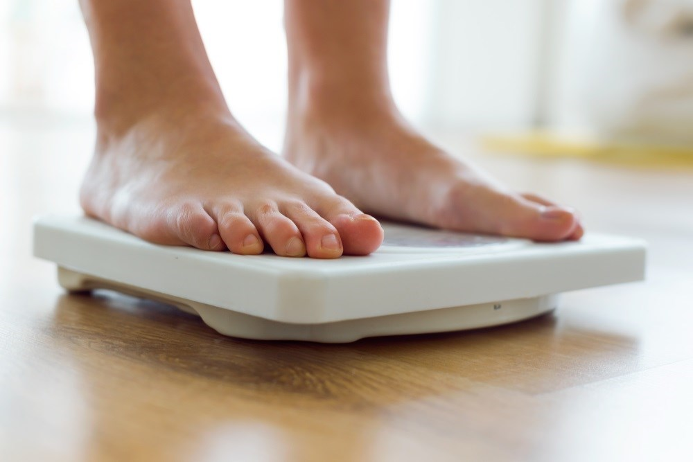Greater Weight Loss Linked to Improved Outcomes in Knee OA
